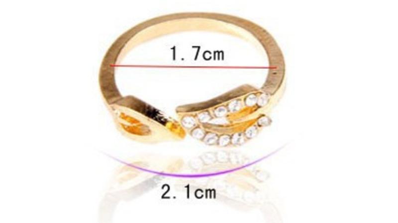 Beautiful Delicate Heart Shape Ring